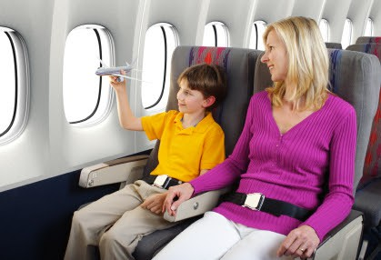 navigating airport with kids - Echo Limousine